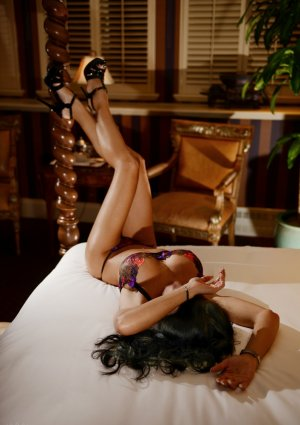 Aenaelle mature escort girls