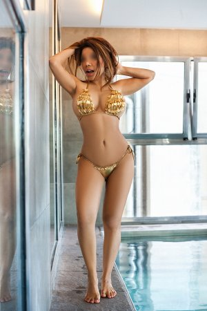 Sylvie-marie escort girl in Cupertino
