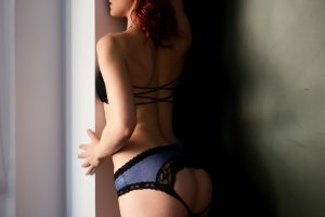 Ismerie mature escort girls